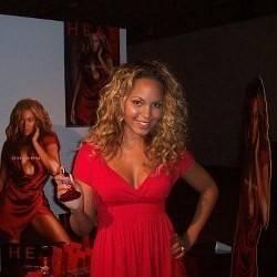 Beyonce look a like