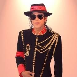 Michael Jackson Look a Like